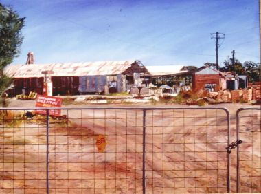 Katanning Bricks - Oil 92 x 120 cm